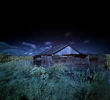 Barn (IR) by PaulBradley