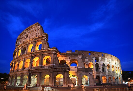 Colosseum by Christophe Testi