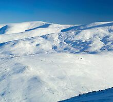 Grampian Mountains by Duncan Shaw