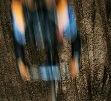 slow shutter mountain biker by Jamie Roach