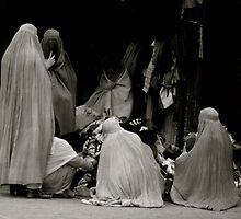 Women  of  Burqa  ,  Afghanistan by yoshiaki nagashima