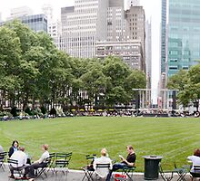 Panoramic photo of Bryant Park - New York by Stefanos Kyriazis