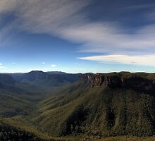 Evans Lookout - Blue Mountains by Bill Fonseca