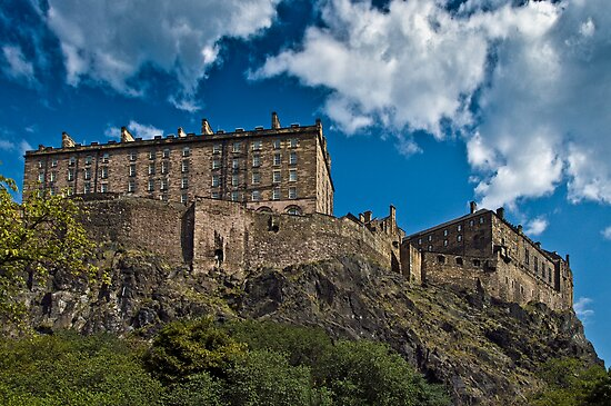 Edinburgh Castle, Scotland by rgstrachan