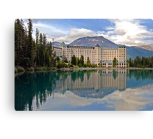 THE CHATEAU AT LAKE LOUISE, ROCKY MTS, CANADA Canvas Print