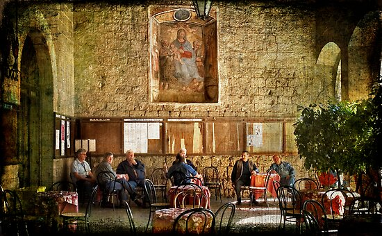 Italian conversation at the café by Silvia Ganora