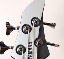 Yamaha bass head by imagyck