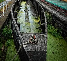 Old Barge by Simon Duckworth