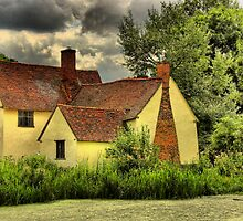 Willy Lotts Cottage - Flatford by SimplyScene