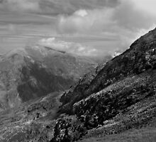 Mount Snowdon by JMChown