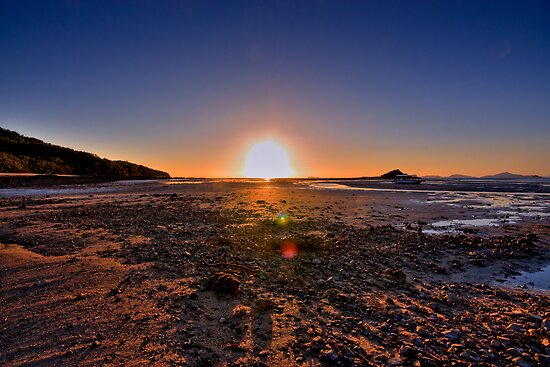 Sunset at low tide by Ellie Won