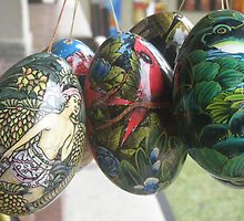 Balinese Painted Wooded Eggs by Mark Sellers