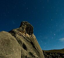 Castle Hill, Star Trails. by Michael Treloar