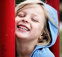 Makenna Smiles by abfabphoto