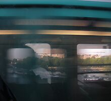 Paris Metro over the Seine by ChrisMitts