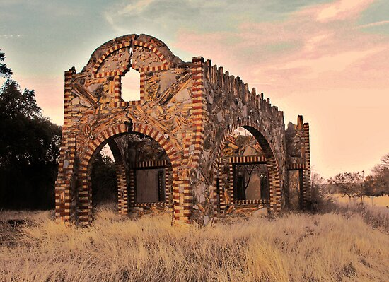 Abandoned Gas Station in Glen Rose, Texas by Susan Russell