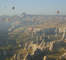 Dawn with ballons @ Kapadokya by AYFER HAKKI