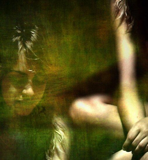 Lost in memories by TaniaLosada