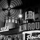 Moulin Rouge in Black and White by randyharris