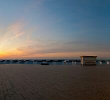 Ostend beach sunset by kurrywurry