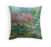 The Lake at Butchart Gardens Throw Pillow