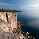 Palisade Head, North Shore, Lake Superior. by Michael Treloar