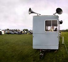 Horse Trials by Simon Yeomans