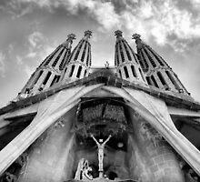 La Sagrada Familia by Robyn Lakeman