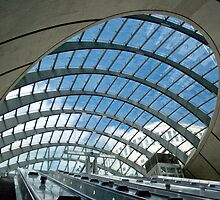 Canary Wharf Underground Station, London, United Kingdom by jmhdezhdez