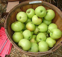 Apple Bounty by cebrfa