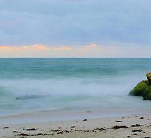 Burns Beach - Western Australia by Daniel Fitzgerald