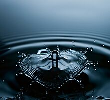 Water Drop Photography - Water in Time - Liquid Umbrella by michalfanta