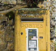 Dordogne Mail by Marie Watt