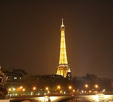 Paris by Night by Simon Prosser