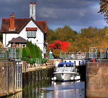 Goring Lock - HDR by Colin  Williams Photography
