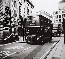 London bus 9 Aldwych by Mattias Olsson