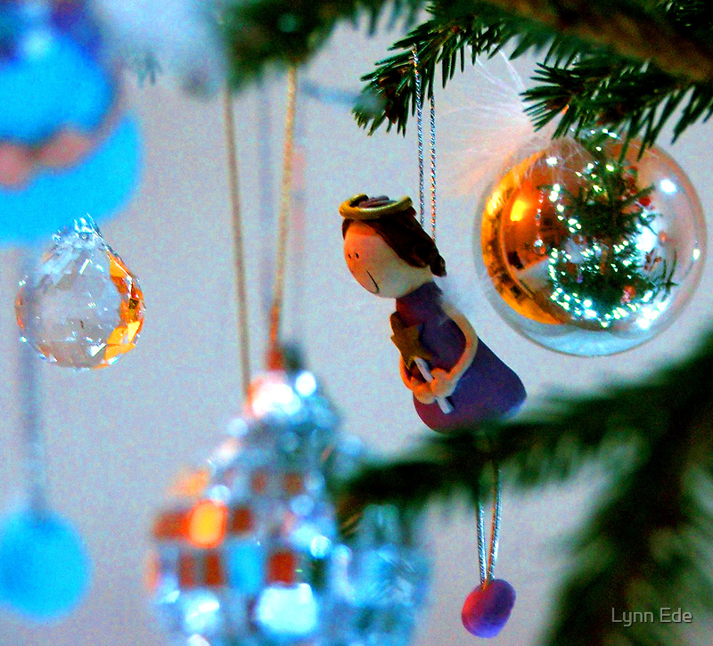 Christmas Tree with Girl by Lynn Ede