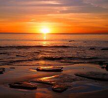 Cable Beach Sundown by roger smith