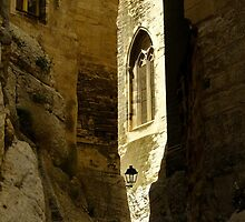 Alley way--Avignon by NancyR