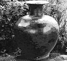 Earthen jar. Erawan Museum Bangkok by nigyoung