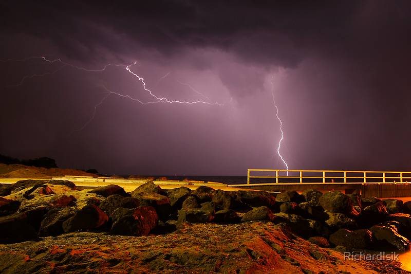 Lightning Strike by RichardIsik