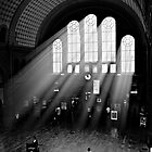 Grand Central... by Boris UNTEREINER