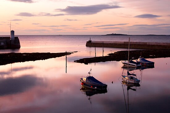 Seahouses sunset by Rachael Talibart