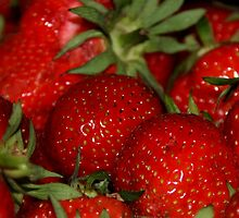 strawberries by Anne Seltmann
