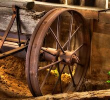 Wagon Wheel by Lois  Bryan