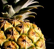 Pineapple by Rosemary Carter-Molnar