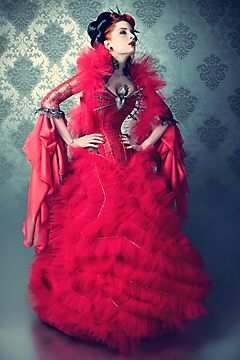 Red Queen II by phantomorchid