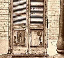French Quarter Stoop by Lori Gagliano