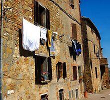Pienza Italy  by Erin Kanoa