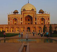 Humayun's Tomb, Delhi, India by jacqi